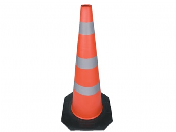 EVA traffic cone with rubber base